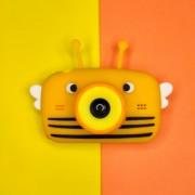 """Детский фотоаппарат + чехол """"Пчёлка"""" (съемка видео, экран 2"""", microSD, игры), желтый"""