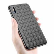 Чехол-накладкa для iPhone X/XS силиконовый плетеный, черный