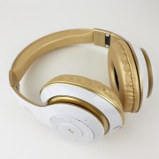 Наушники Bluetooth полноразмерные V30, белый